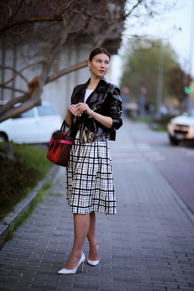 angelica-ardasheva-lady1-plaid-midi3