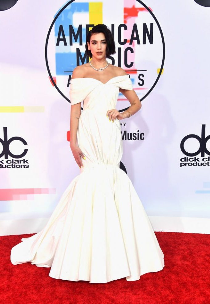 LOS ANGELES, CA - OCTOBER 09:  Dua Lipa attends the 2018 American Music Awards at Microsoft Theater on October 9, 2018 in Los Angeles, California.  (Photo by Frazer Harrison/Getty Images)