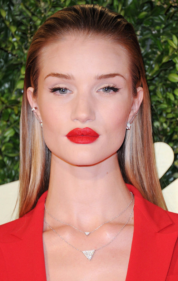 2her-hair-slicked-back-Rosie-Huntington-Whiteley-bright-red-lipstick-popped
