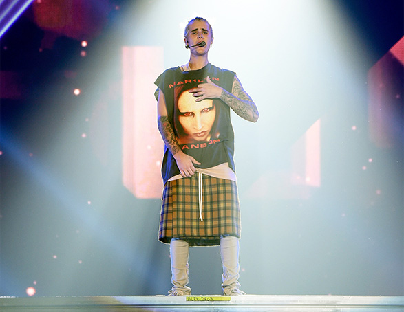 justin-bieber-tour-clothes-marilyn-manson-shirt-2016-billboard-1240