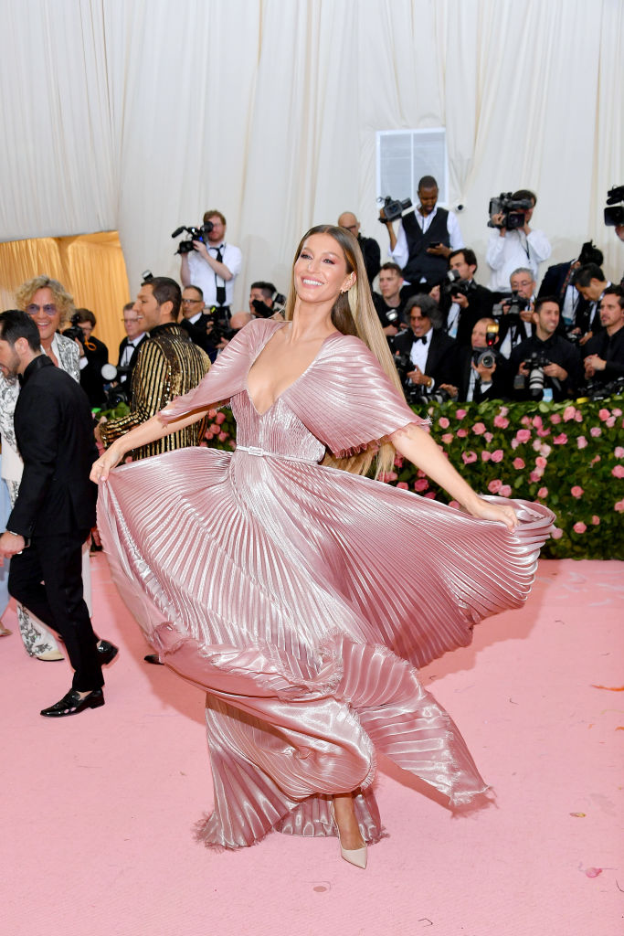 NEW YORK, NEW YORK - MAY 06:  Gisele Bündchen attends The 2019 Met Gala Celebrating Camp: Notes on Fashion at Metropolitan Museum of Art on May 06, 2019 in New York City. (Photo by Dia Dipasupil/FilmMagic)