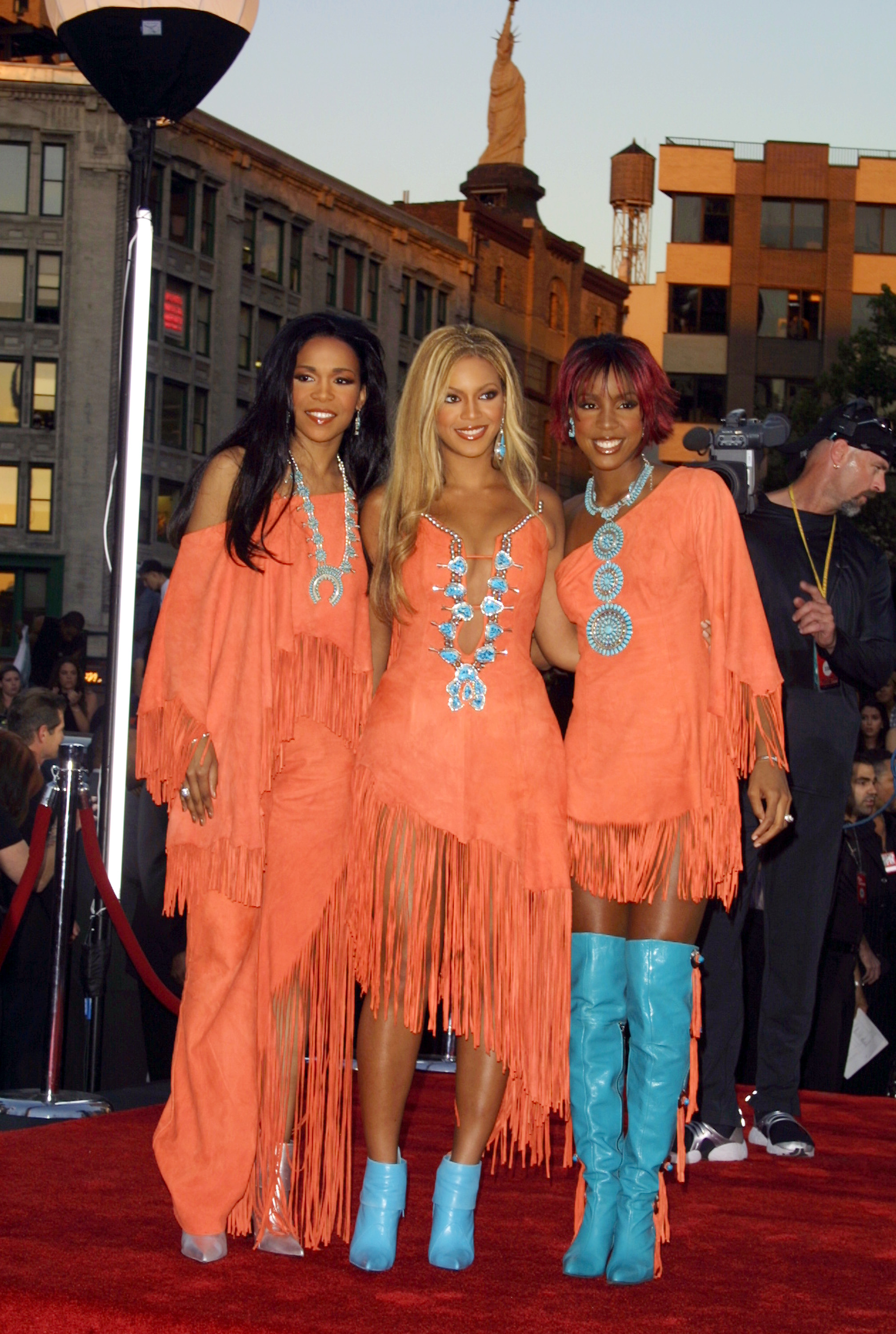 Destiny's Child during 2001 MTV Video Music Awards - Arrivals at The Metropolitan Opera House at Lincoln Center in New York City, New York, United States. (Photo by Jim Spellman/WireImage)